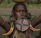 femme mursi, ethiopie