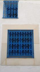 fenetres d'une maison de  la médina Mahdia Tunisie