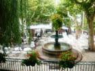 Fontaine ombragée