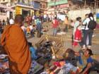 Foule sur l'un des ghats de Varanasi