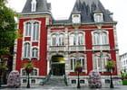 Hôtel de ville en rouge