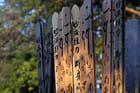 Inscriptions sur une tombe