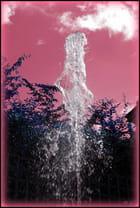 Jet d'eau forme : une sculpture