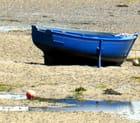 Jolie barque esseulée