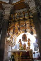 l'autel de la cathédrale Saint Domnius