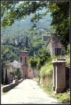 L'entrée du village...