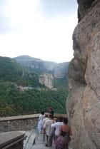 l'escalier du monastère Saint Nicolas des Météores
