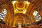 L'intérieur de l'église de Domfront (61)