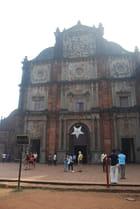 la basilique Bon Jésus de Goa