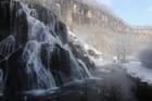 La cascade des tufs en hiver