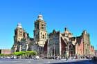 La cathédrale de Mexico sur le Zocalo.