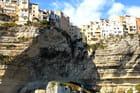 la citadelle de Bonifacio vue de la mer