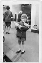 La petite fille aux colombes!