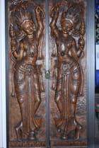 La porte sculptée