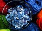 Laines et cristaux bleus