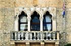Le balcon du Palais vénitien Cipiko (15è s. )