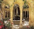 Le Cloitre de l' Abbaye de Valmagne