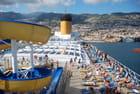 le Costa Pacifica quitte l'île de Madère