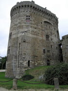 Le Donjon du Château de Dinan (1)
