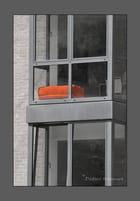 Le fauteuil orange