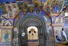 le hall d'entrée de l'église