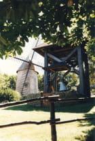 Le moulin du Puy du Fou et le carillon animé