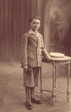 Le petit jeune-homme