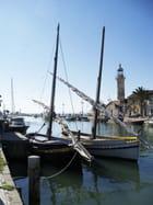 Le phare et les bateaux
