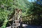 le pont metallique sur la rivière Langevin