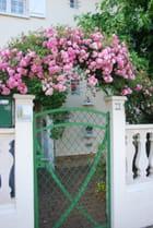 le portail fleuri