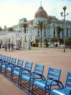 Le retour des chaises bleues