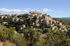 Le village perché de Gordes dans le Luberon