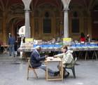 Les bouquinistes de la vieille Bourse, à Lille
