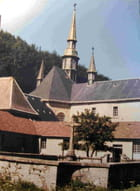 Les clochers vue du cimetiere en cloture