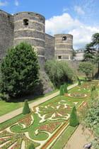 Les jardins du Château...