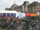 Les vélos sur la place des palais champêtre