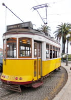 ll y a le tramways,