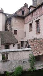 Maisons imbriquées
