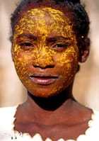 Maquillage au tabaky