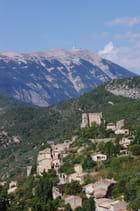 Montbrun-les-Bains et le Mont Ventoux