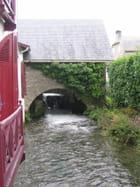 Moulin et rivière