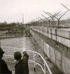 Mur de Berlin en 1963 - 1 - (Coté Berlin-Ouest)