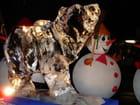 Ours polaire et bonhomme de neige