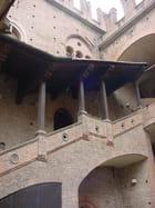 Palais Bolonais
