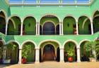 Palais du Gouverneur, cour intérieure.