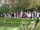 Patrimoine alpicois : foule dans les jardins du Pavillon Sully