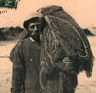Pêcheur avec ses filets