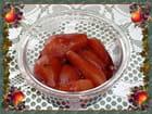 Petites poires au vin rouge et aux épices