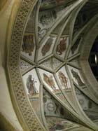Plafond de cathédrale