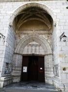 porche de l'église Saint Vincent